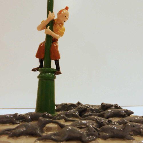 Tintin, le réverbère et les rats, figurine pixi